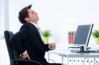 maladie professionnelle : un salarié souffrant du dos